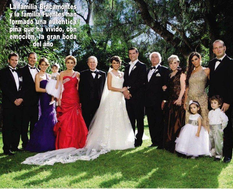 http://capitulodenovelas.files.wordpress.com/2011/10/jacqueline-bracamontes-martin-fuentes-boda-391.jpg