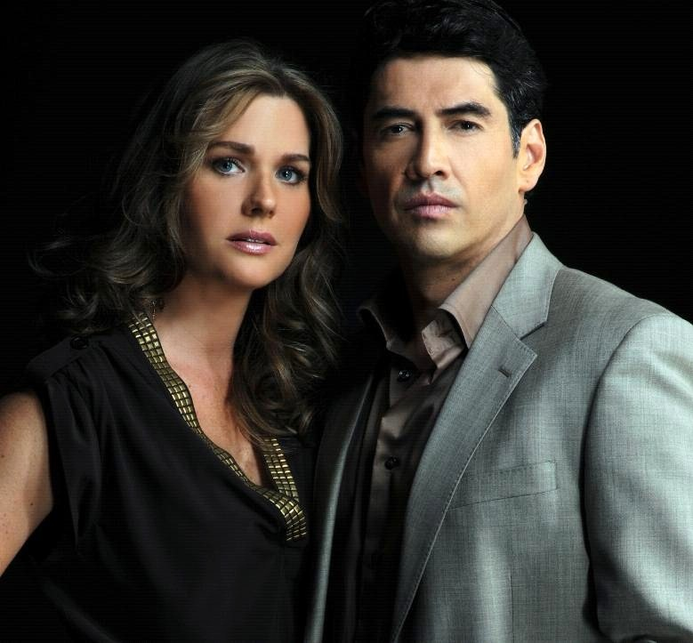 http://capitulodenovelas.files.wordpress.com/2011/10/sonya-smith-gabriel-porras-esposo-29u.jpg