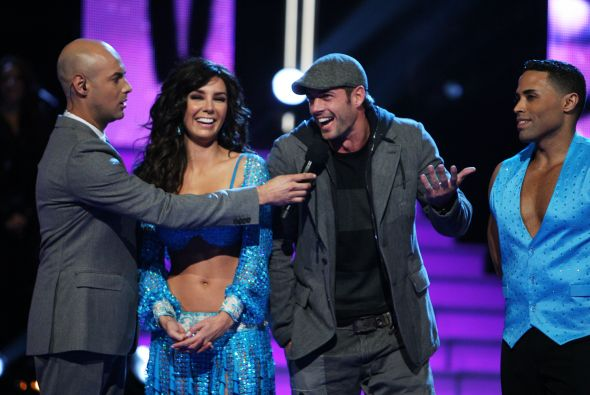 William Levy y Elizabeth Gutierrez en Mira quien baila ...
